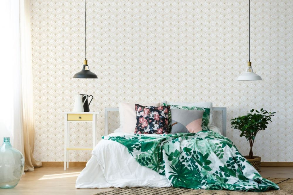 Graham and Brown Diamond White 105979 Wallpaper PB